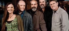 Distinctive bluegrass band plays Heritage Theatre