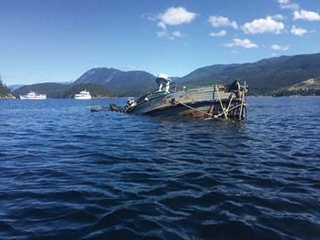 Derelict-boat funding offer criticized