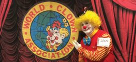 Gibsons clown wins international award
